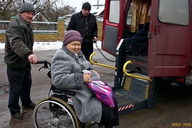 В Барановичах одна машина с подъемником