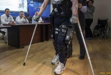 В петербургском НИИ тестируют экзоскелет