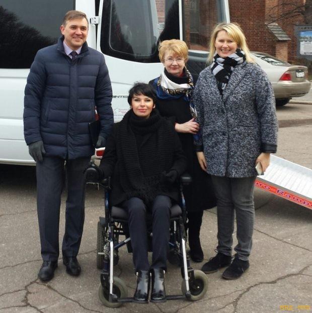 Турне в коляске: калининградские инвалиды открывают мир