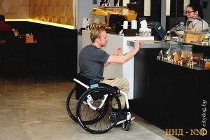 Как правильно общаться с колясочником