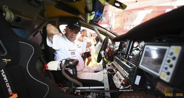 Филипп Круазон (Philippe Croizon) пилот без рук и ног в ралли Дакар