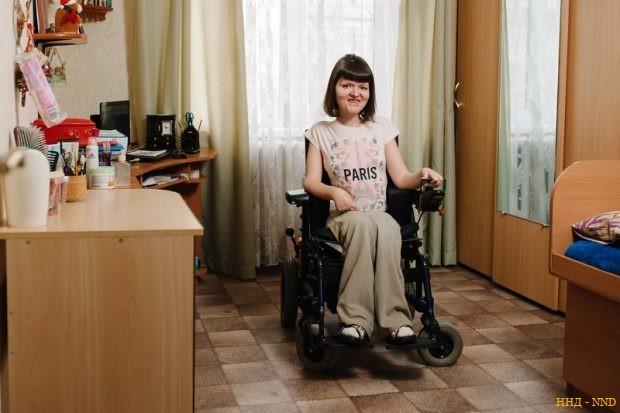 Анна Яблокова - Врачи обещали ей только три года жизни. А ей 38 и она летает!