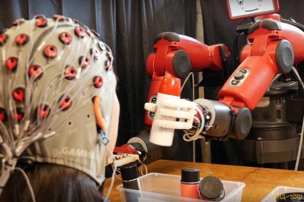 Нейроинтерфейс предупредит робота об ошибке
