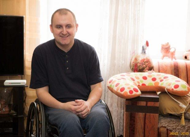 Женя входит в Республиканский межведомственный совет по проблемам инвалидов, участвует в создании законодательства по безбарьерной среде.