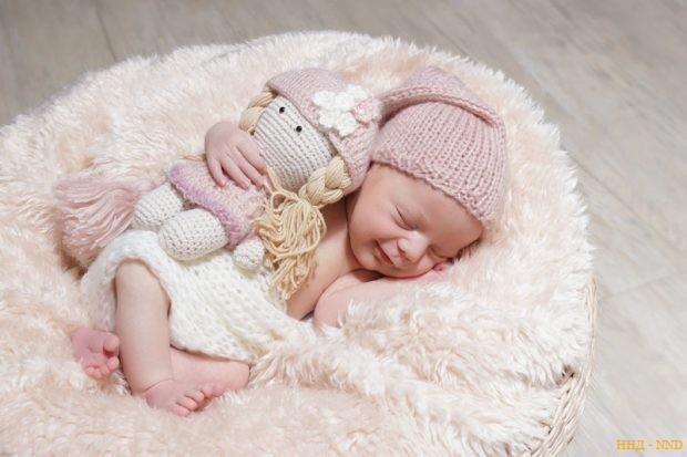 Новорожденная Настя. Женя и Аня надеются, что у нее появится брат или сестра