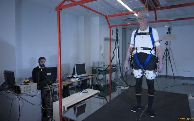 Экзоскелет, предотвращающий падение человека