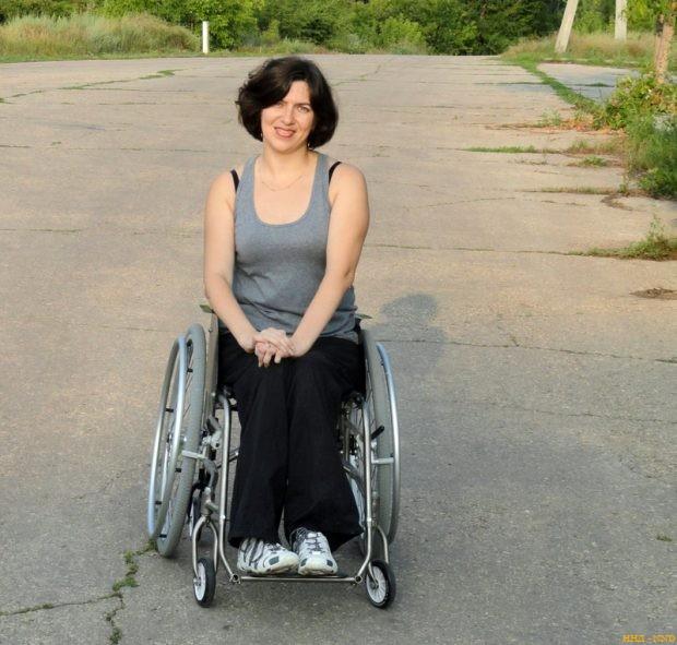Колясочница Татьяна Трапезникова собирает в соцсетях деньги на пандус