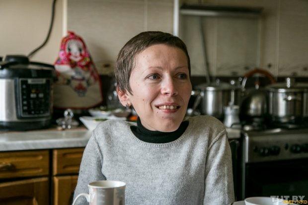 Дарья Лис - На электроколяске, по деревне, с диктофоном