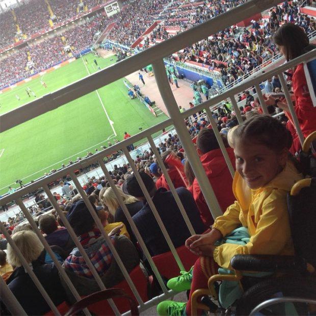 Нежность Роналду к девочке с инвалидностью растрогала россиян