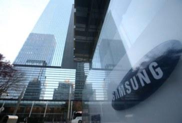 Колясочник украл и продал 8474 смартфона Samsung