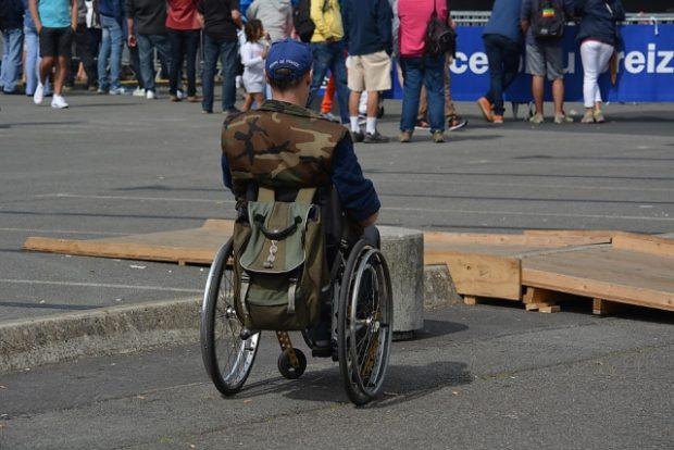 В Аргентине люди с инвалидностью требуют пособия