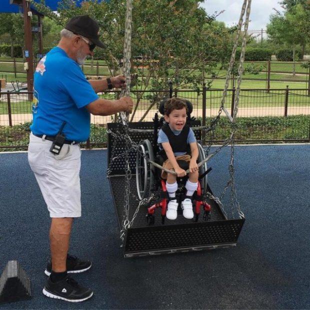 Аквапарк для детей с инвалидностью