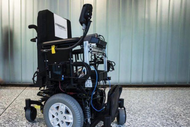 Аэропорты и госпитали оснащают инвалидными робокреслами