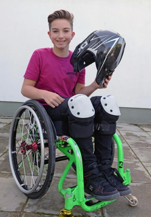 Британка Лили Райс Сальто на коляске: это правда возможно?
