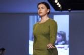 Вики Балч вышла на подиум Лондонской недели моды