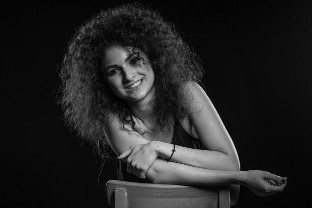 Нана Хатл, прославившейся после телепроекта «Голос 4»