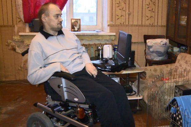 В Смоленске инвалид оказался «заперт» в своей квартире на втором этаже