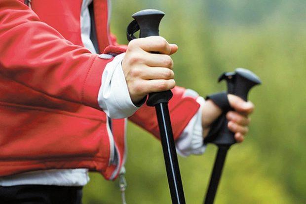 Бум скандинавской ходьбы с палками оживил пенсионеров