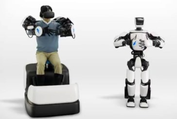 Новый робот Toyota имитирует движения человека