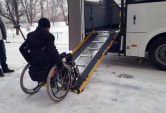 Единственный в Бердске автобусе с пандусом