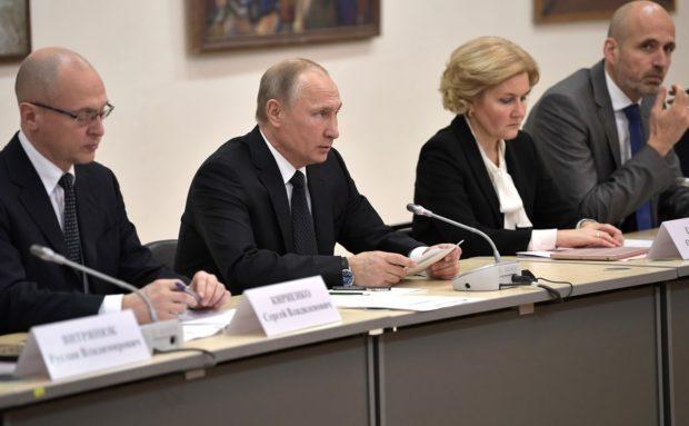 Владимир Путин - становится более зрелым, гуманным, неравнодушным