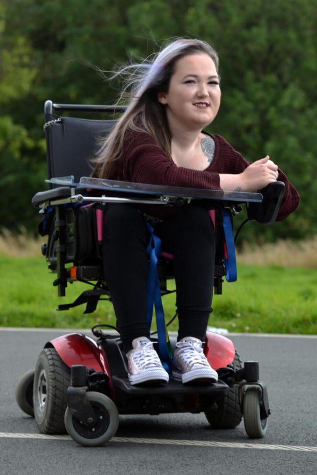 Kat Pemberton – сначала я, затем коляска