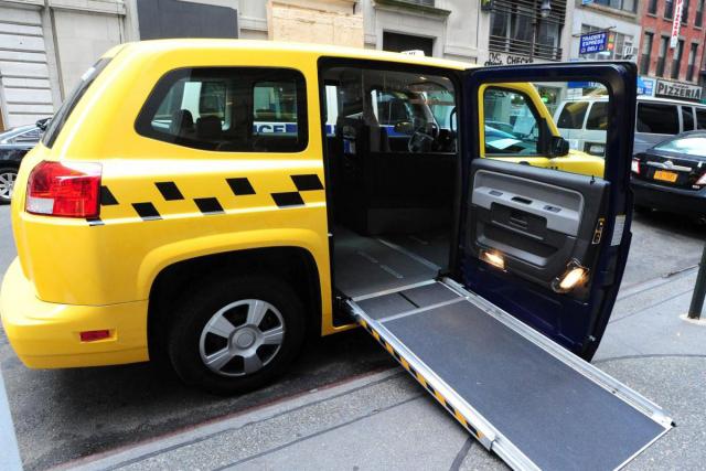 Благовещенск - японские такси для колясочников