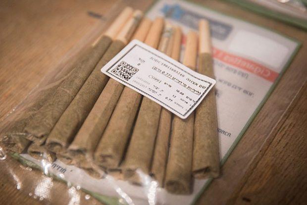Впервые в Израиле медицинскую марихуану можно будет купить в аптеке