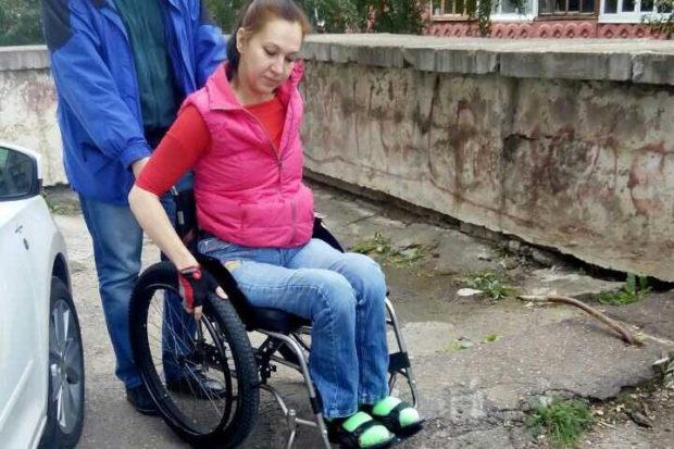 В Уфе девушка-инвалид добилась замены небезопасного пандуса