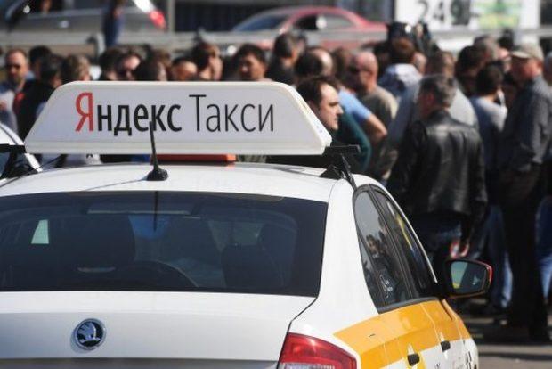 Красноярский таксист отказался подвозить девушку-инвалида