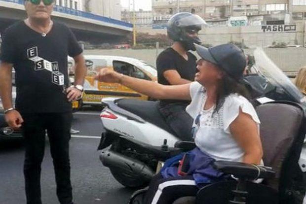 Инвалиды угрожают заблокировать аэропорт и вокзалы