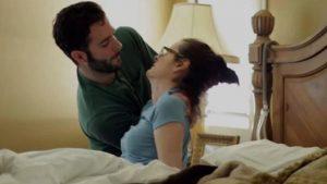 Энтони ухаживает замамой Кэтрин Скотт