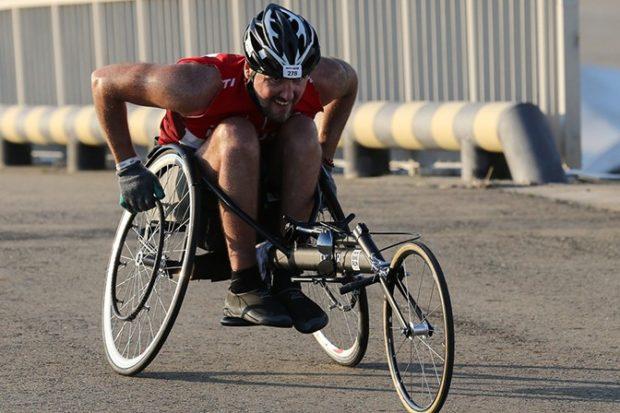 Артема Воробьева, который выиграл невероятно тяжелый триатлон Ironman