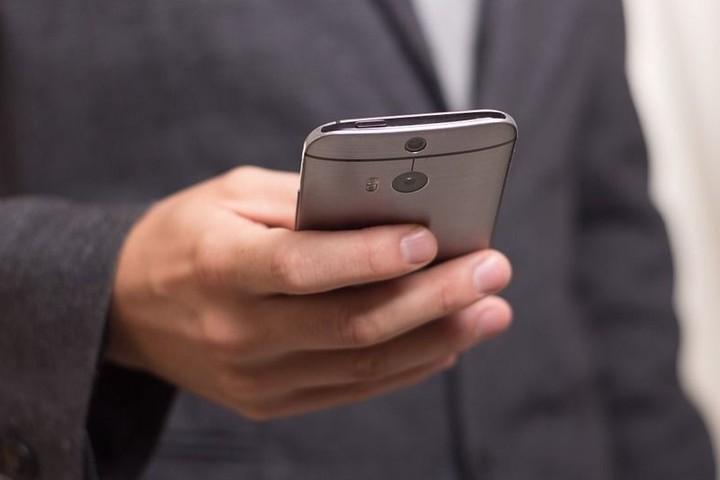 Социальные услуги через мобильное приложение