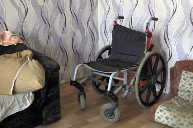 Тюменка на два дня оставила дочь-инвалида без присмотра
