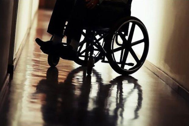 В Бежице инвалид-колясочник 17 лет живёт по знакомым и на съёмных квартирах