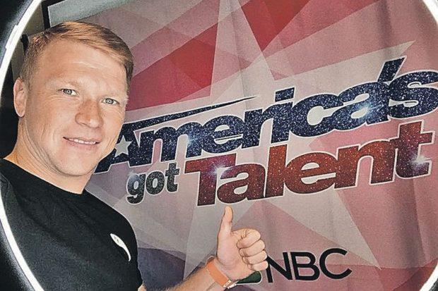 Евгений Смирнов прошел кастинг в шоу «Америка ищет таланты»