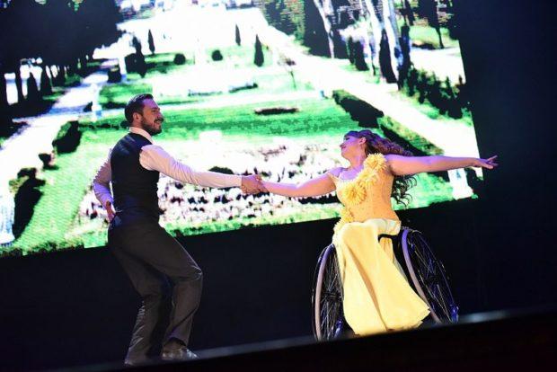 Мария Гетма с партнером Александром Охритько создала клуб танцев для колясочников «Pro-движение»