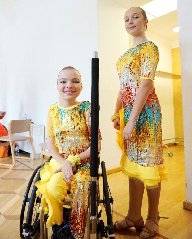 Софья Празднова и Софья Бренько во время соревнований