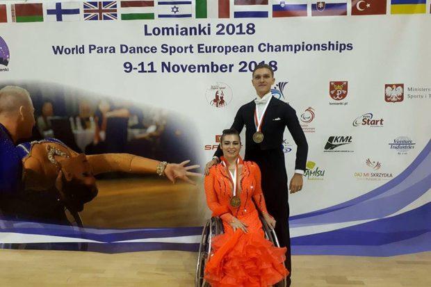 Анна Горчакова и Роман Усманов - золотые медали чемпионата Европы по спортивным танцам на инвалидных колясках