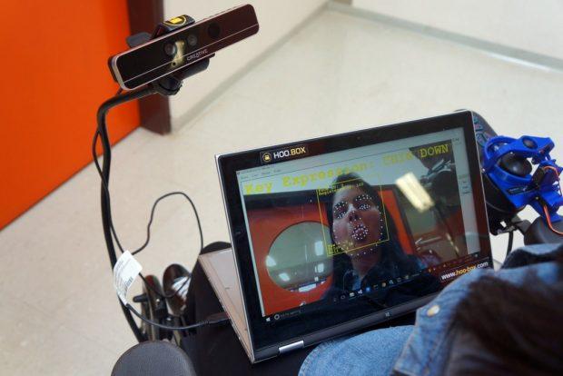 Wheelie 7 - управление электроколяской с помощью мимики
