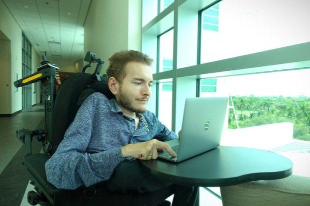 Валерий Спиридонов передумал пересаживать голову и стал отцом