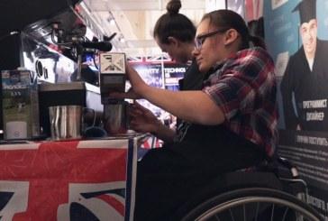 Как девушка на коляске стала бариста