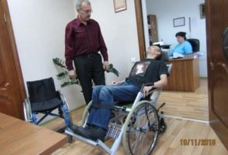 Создал инвалидную коляску-трансформер