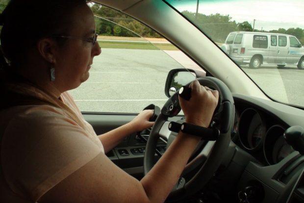 В Беларуси открывают автошколу для тех, кому нельзя водить