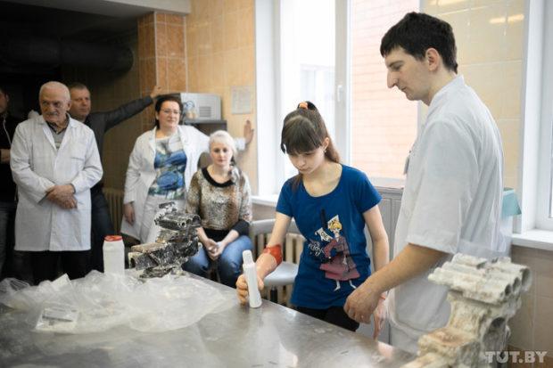 Белорусской девочке поставили уникальный биопротез