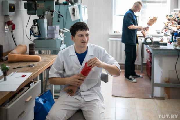 Инженер-протезист Белорусского протезно-ортопедического восстановительного центра Алексей Шайбак