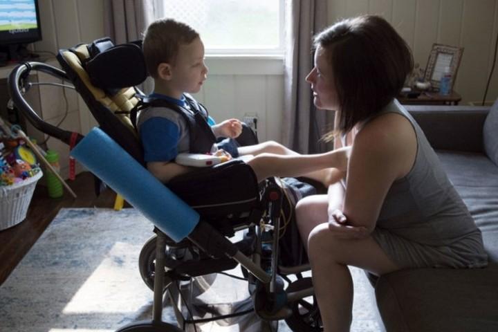 Выплаты по уходу за ребенком-инвалидом или инвалидом с детства I группы