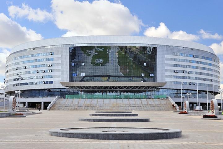 В «Минск-Арене» колясочникам оборудуют спец-подиум