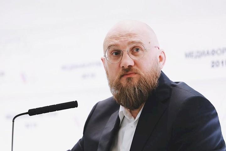 Сергей Бурлаков - Парень из обычной семьи